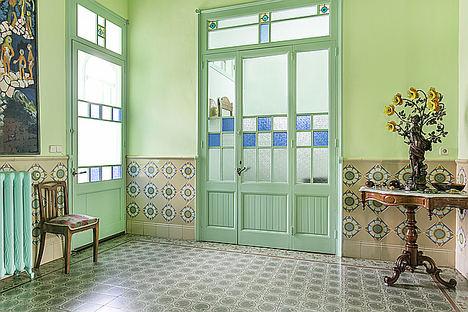 "La inmobiliaria Monika Rüsch ofrece a la venta ""La Bombonera"", la casa modernista de La Garriga del histórico arquitecto Manuel Joaquim Raspall"