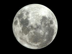 La Luna vista desde la Estación Espacial.