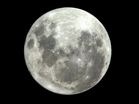 Camino al sur de la Luna