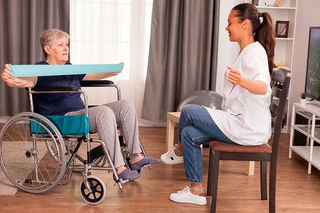 La asistencia domiciliaria a personas mayores experimenta un crecimiento debido a la crisis sanitaria