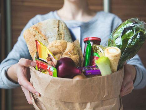 La compra semanal online, la mejor aliada para llenar la nevera en vacaciones, según Lola Market