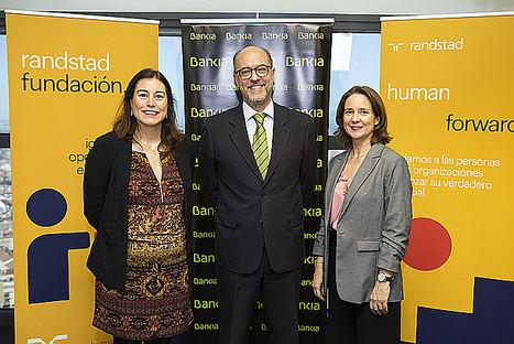 Bankia y Randstad renuevan su programa 'Empleo en Red', que ya ha dado trabajo a 650 clientes de la entidad