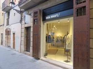 La firma de moda Sita Murt estrena nueva tienda en El Born