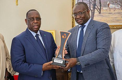 La industria petrolera y la sociedad civil felicitan al 'Africa Oil Man of the Year' Macky Sall