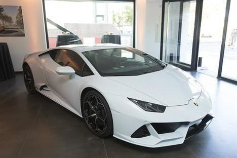 Lamborghini presenta el Huracán EVO