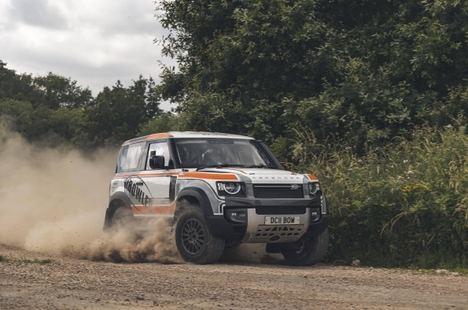 El Land Rover Defender se va de rally