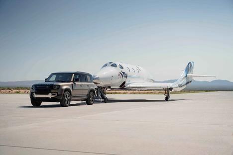 Land Rover apoya a Virgin Galactic en su primer vuelo espacial con pasajeros