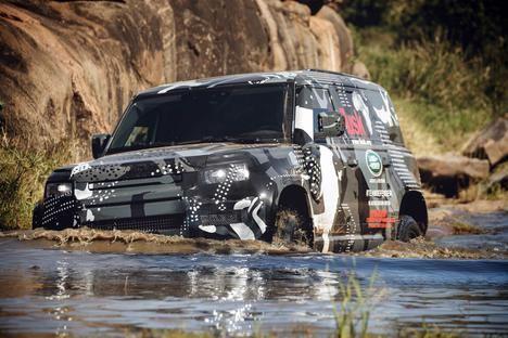 El famoso fotógrafo David Yarrow y el nuevo Land Rover Defender
