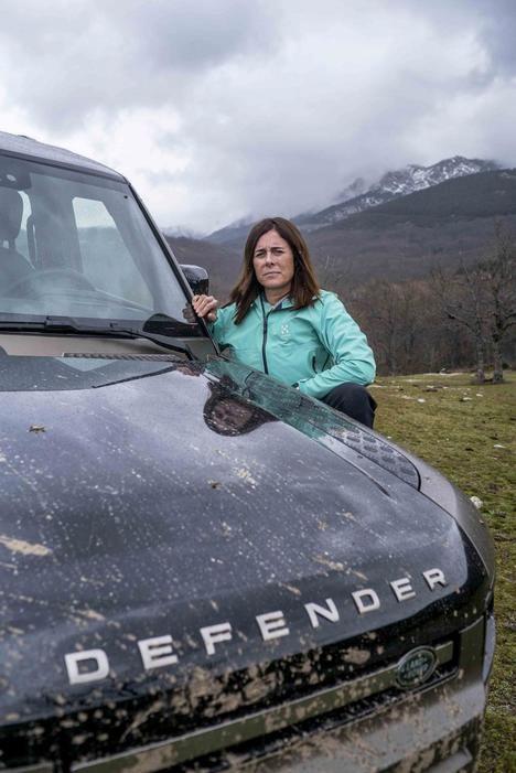 Land Rover reta a los aventureros más duros