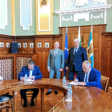 Lantania llevará a cabo la modernización de dos líneas ferroviarias en Bulgaria