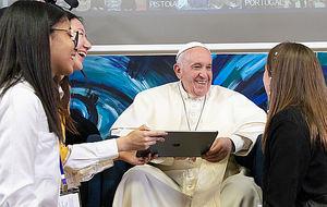 La primera línea de código escrita por un Papa