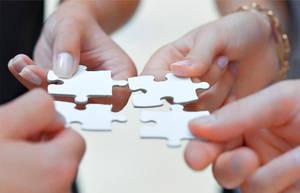 La profesión de mediador se ha convertido, hoy día, en una figura invisible e indispensable