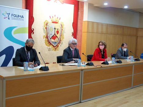 Lara, González, García Calvente y Álvarez Benítez, en la inauguración del curso.