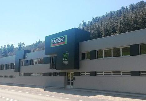 Larzep fabrica cilindros de hasta 2000 toneladas de capacidad de elevación