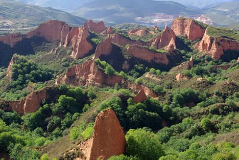 Diez experiencias (y una más) que no hay que perderse en León