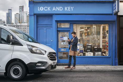 Las pymes podrían ahorrar 2.500 euros al año con las ofertas en combustible, peajes y pagos con tarjeta para socios Ford