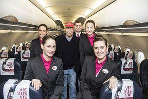 Ryanair pacta comprar la aerolínea de Niki Lauda