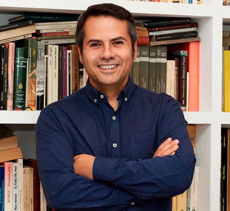 Leandro de Gabriel, Grupo-Binternational.