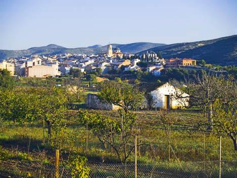El municipio castellonense de Les Coves de Vinromá gana el VI Premio Eolo a la integración rural de la eólica