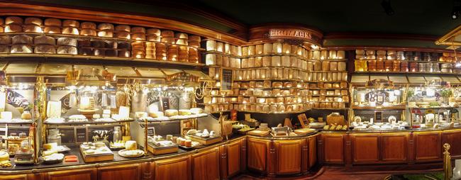 Les Grands Buffets galardonado con el Guinness World