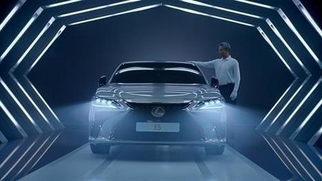 """""""Driven by Intuition"""", el anuncio del Lexus ES 300h con el guion hecho con Inteligencia Artificial"""