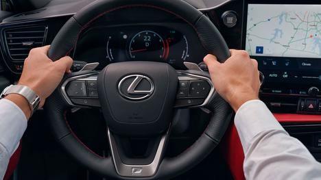 Nuevo Lexus NX, hazte con las riendas lejos de todo