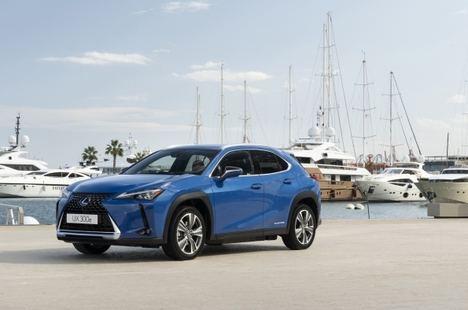 Lexus presenta en España el nuevo UX 300e
