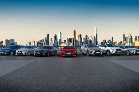 """Pleno histórico de cinco estrellas y tres """"Best in Class"""" de Lexus"""