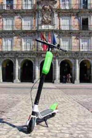 Lime llega a Madrid con sus patinetes eléctricos compartidos de libre estacionamiento