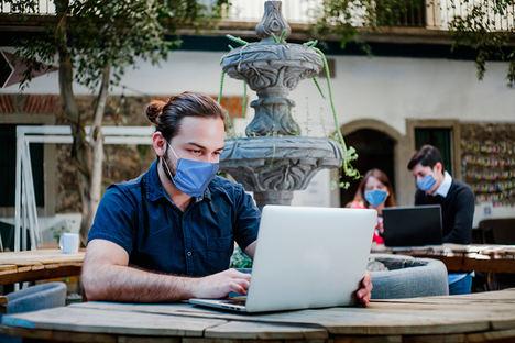 Los 6 perfiles de empresas que puedes encontrar en un coworking