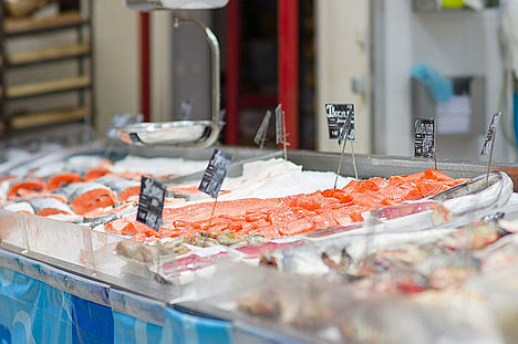 Los españoles rebajan un 1,4% su gasto en productos del mar