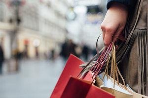 Los ingresos por compras de turistas de larga distancia crecen un 14% en el primer trimestre por el tirón del Año Nuevo Chino