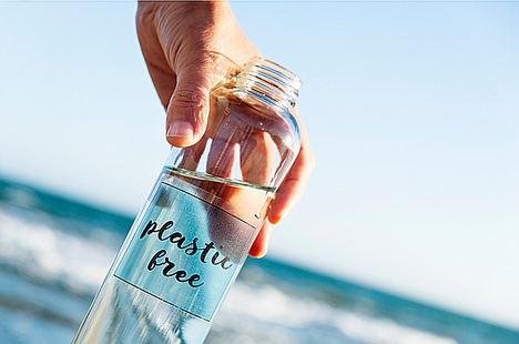 MAPFRE evita el consumo de 1.500.000 botellas y más de 2 millones de vasos de plástico de un solo uso