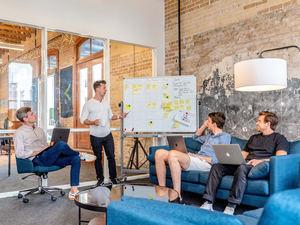Mail Boxes Etc. ofrece a los emprendedores la oportunidad de formar parte de una gran red logística internacional
