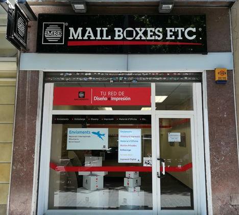 Mail Boxes Etc. abre el centro número 75 en Barcelona