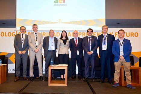 La AER impulsa el debate sobre el futuro de las nuevas tecnologías y la seguridad vial
