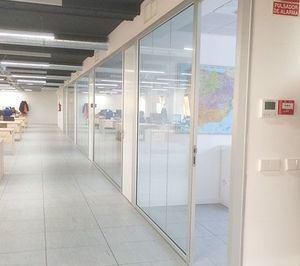 Mamparas y muebles para mejorar la productividad en las empresas