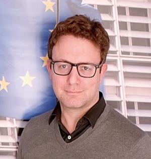 Manuel Szapiro, Comisión Europea en Barcelona.