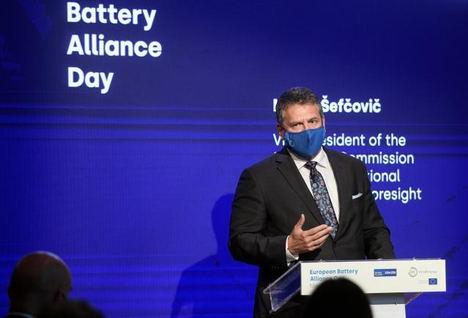 """Vicepresidente de la Comisión Europea: """"España está en la vanguardia de la Alianza Europea de Baterías"""""""