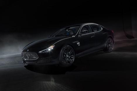 Maserati Ghibli Operanera y Ghibli Operabianca