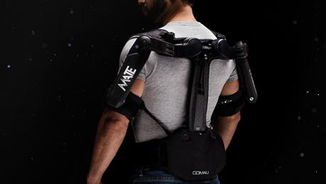 Nuevo exoesqueleto robusto y ligero de Comau para uso en interior y exterior