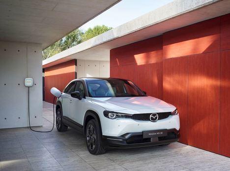 Mazda e Iberdrola firman un acuerdo de colaboración