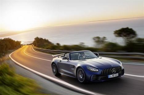 Nuevo Mercedes-AMG GT R Roadster