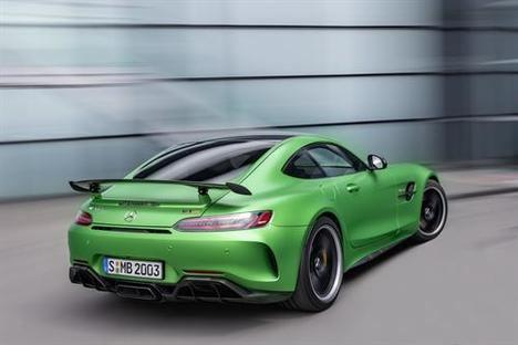 Nuevos Mercedes-AMG GT y AMG GT R Pro