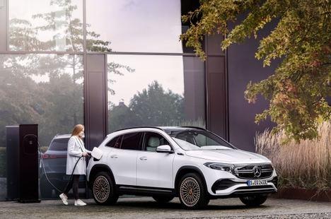 Mercedes presenta el nuevo EQA