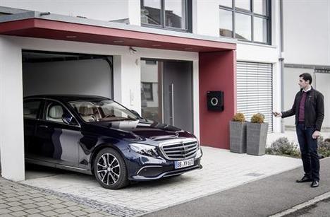 Tecnología y servicios de aparcamiento de Mercedes