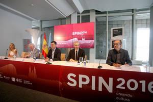 Mesa Autoridades Spin2016