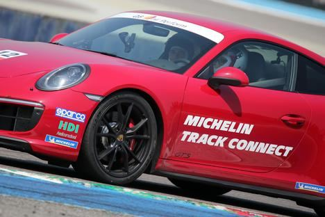 Michelin Track Connect, el neumático conectado