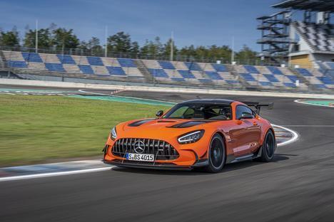 Nuevo récord de vuelta rápida en Nürburgring con neumáticos Michelin