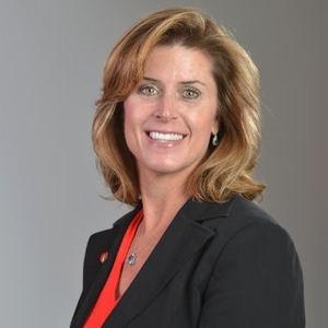 Miriam McLemore, Enterprise Strategist de Amazon Web Services (AWS).